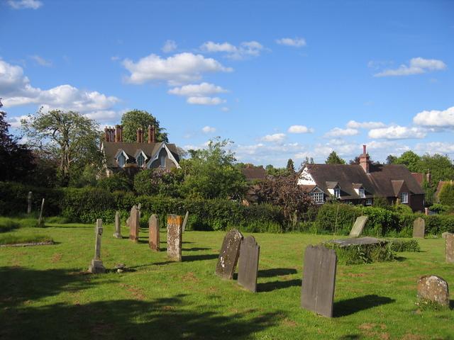 Leek Wootton churchyard