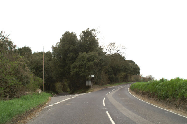 The road to Wingham Well off the B2046