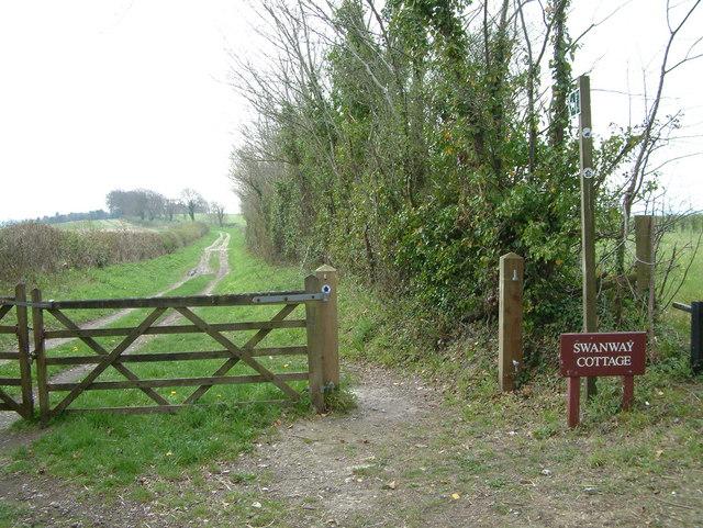 Bridleway to Swanway Cottage