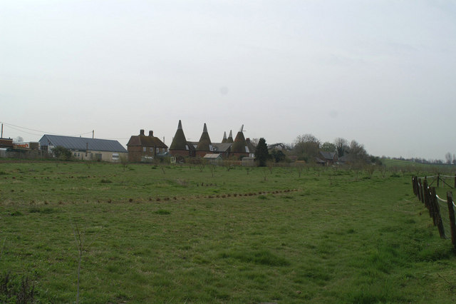 Rear view of oast houses in Goodnestone