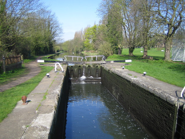 Grand Union Canal: Lock Number 64: Boxmoor Bottom Lock