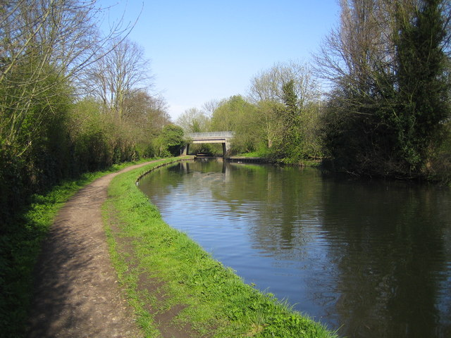Grand Union Canal: A414 Station Road bridge, Boxmoor