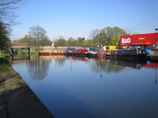 Grand Union Canal: at Hemel Hempstead