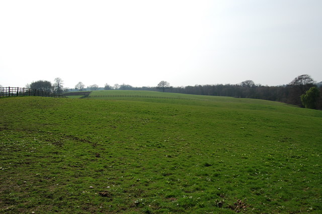 Farmland West of Bretby Mill