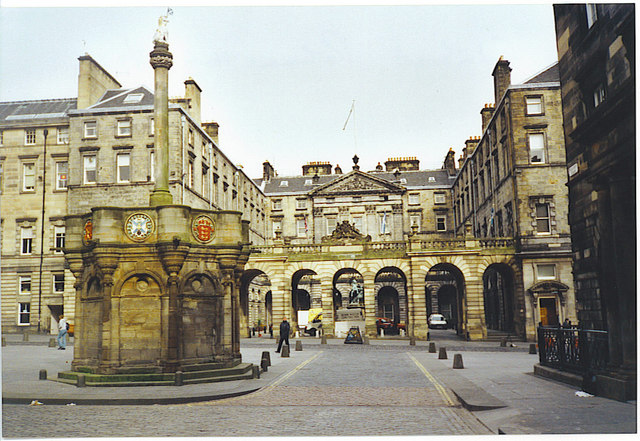 Mercat Cross and City Chambers.