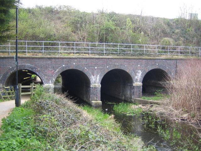 Maidenhead: York Stream