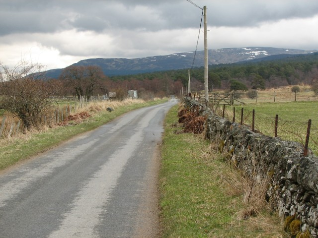 Loch Rannoch south shore road