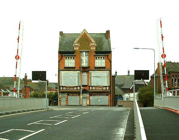 Goole (Old Goole), The New Bridge Hotel