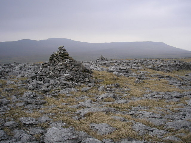 Cairns on Norber
