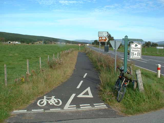 Cycle crossing of the A95 near Boat of Garten
