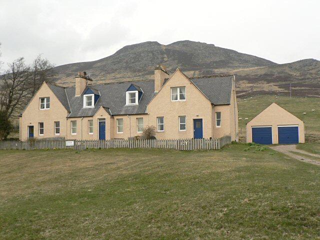 Estate cottages near Lochan Lodge, Amulree