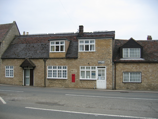 Halford Post Office