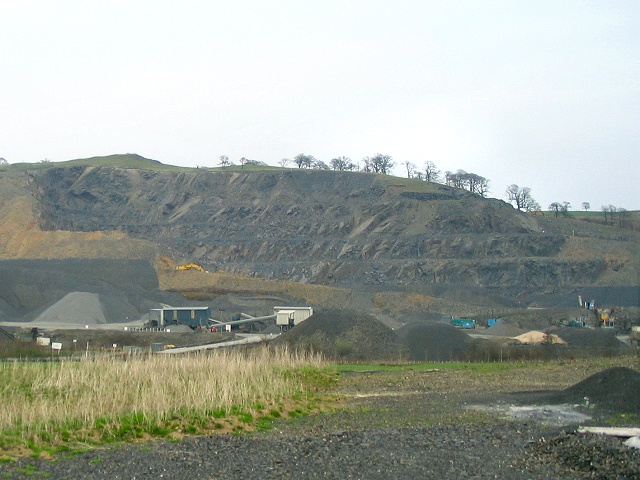 Cribarth Quarry, north of Garth