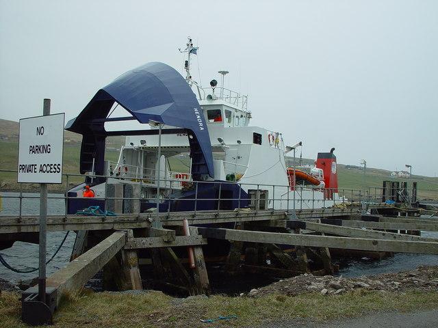 MV Hendra arriving at Vidlin Pier
