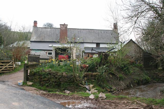 Upton: Leeford Farm