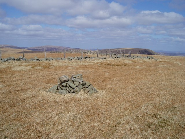 Cairn on Firthhope Rig