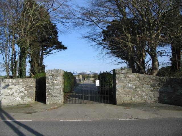 Cemetery Gates, Bodedern