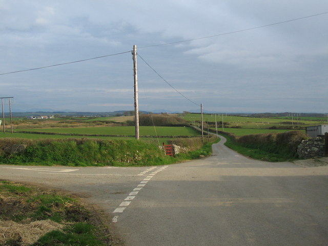 Road junction at Pengroeslon