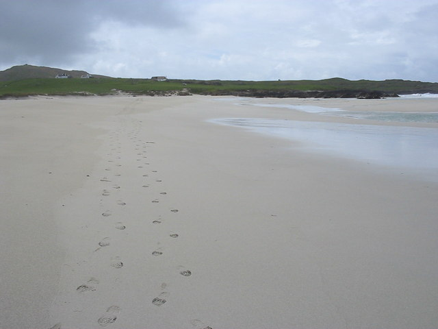 Footsteps on Traigh Bail' a Mhuilinn