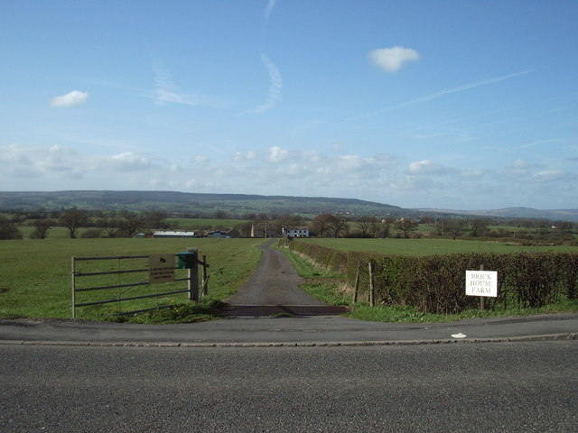 The road to Brick House Farm