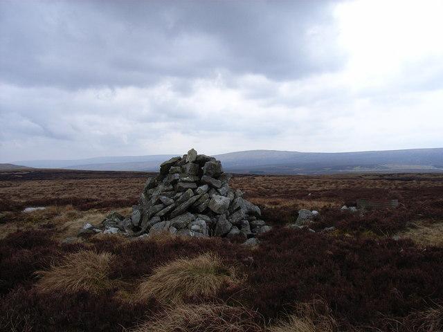 Cairn on Bellbeaver Rigg