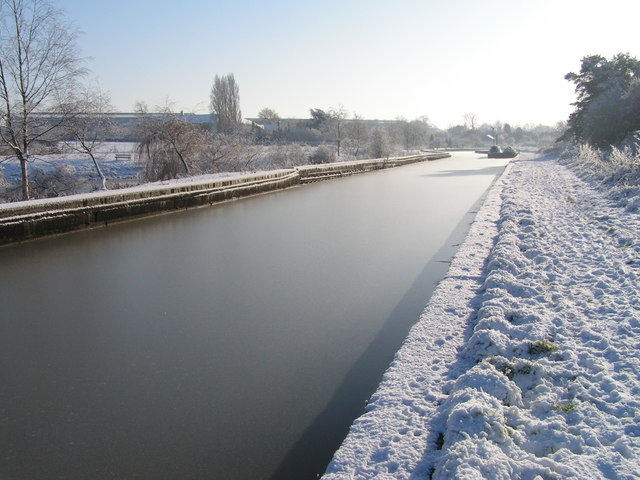 Trent & Mersey near Elworth