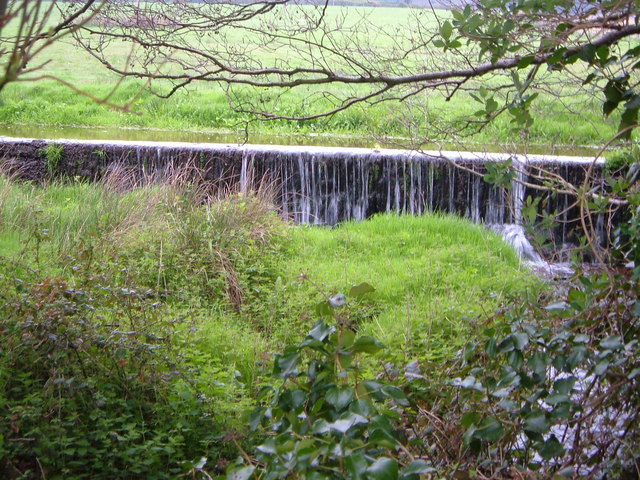 Weir near Kenton