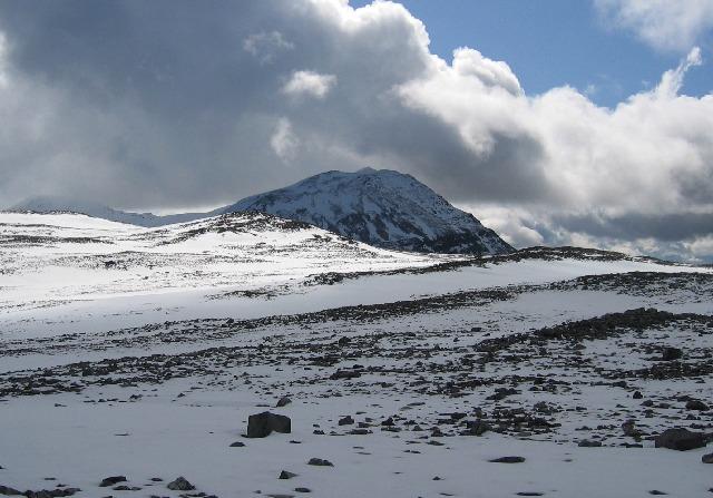 Western top of Beinn an Fhurain