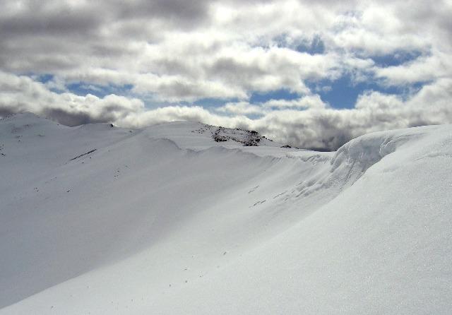 Northern ridge of Conival