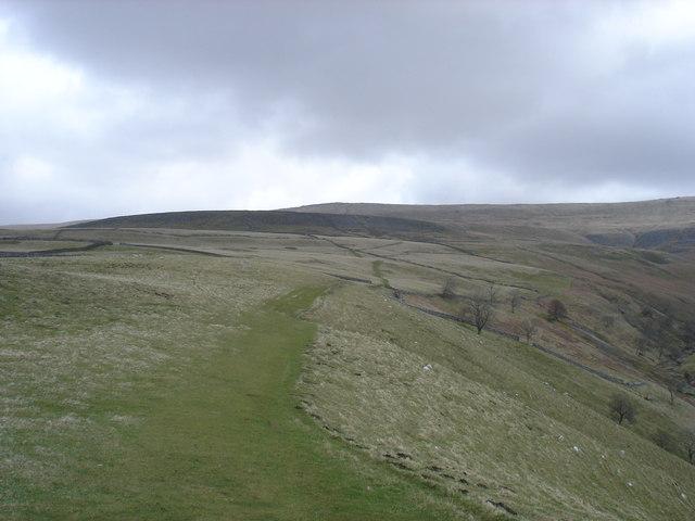 Footpath to Hag Dyke