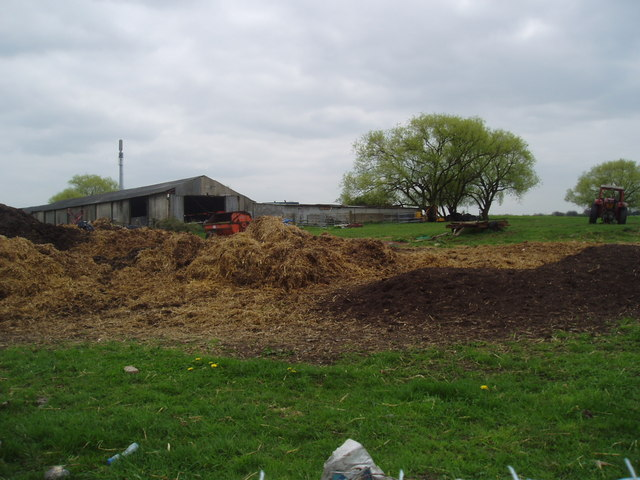 Manure heaps and farm buildings, Crockenhill, Kent
