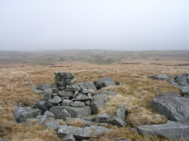 Cairn next to Knock Hush