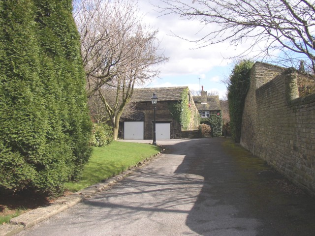 House off Thornhill Road, Rastrick