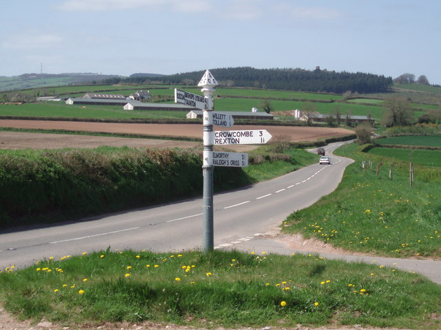 Signpost on the B3224 near Whitmore Farm.