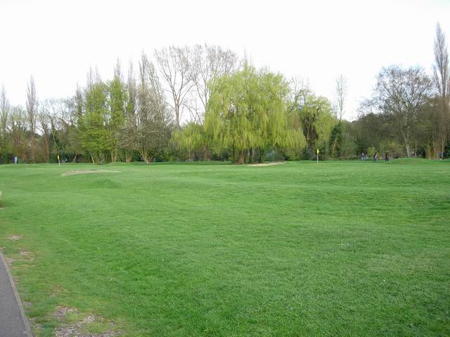 Public Pitch and Putt Course