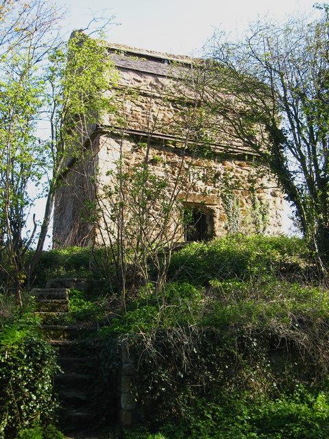 Tranent Parish Church Doocot