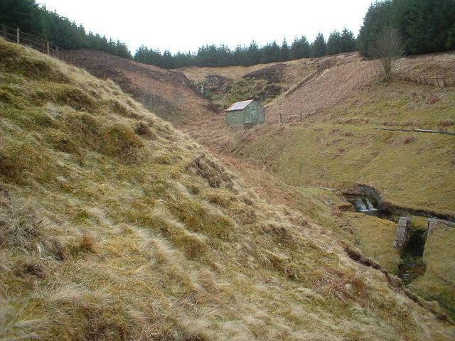 Hut and Spoutloch Burn