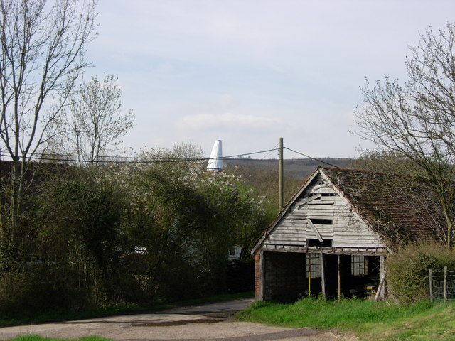 Old Wagon Lodge & Scollops Oast House