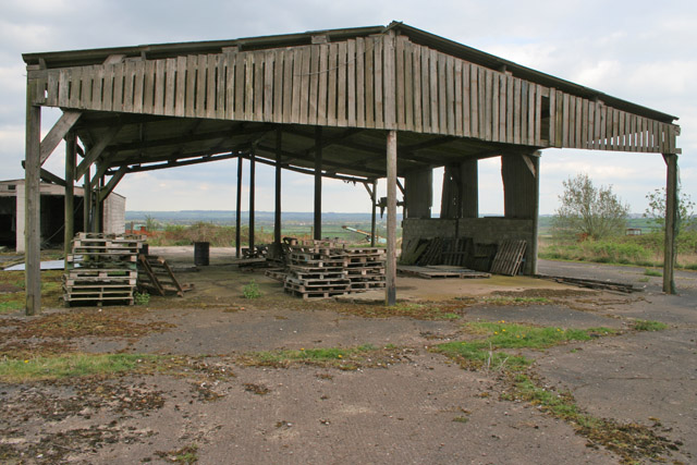 Large Open Barn near Kinoulton
