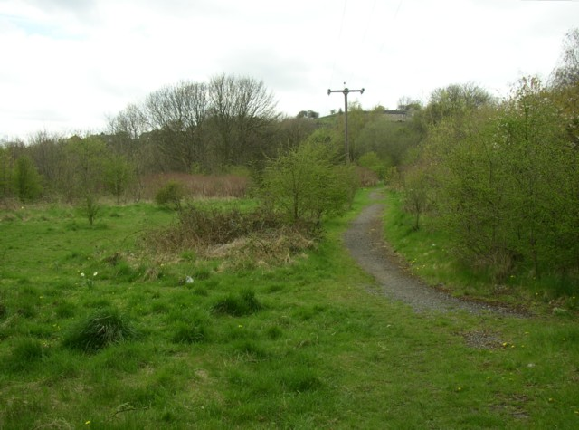 Footpath across made ground near Netheroyd Hill, Fartown