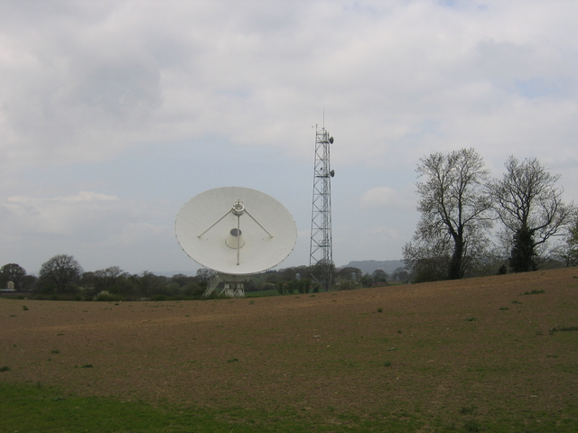 Radio telescope at Knockin