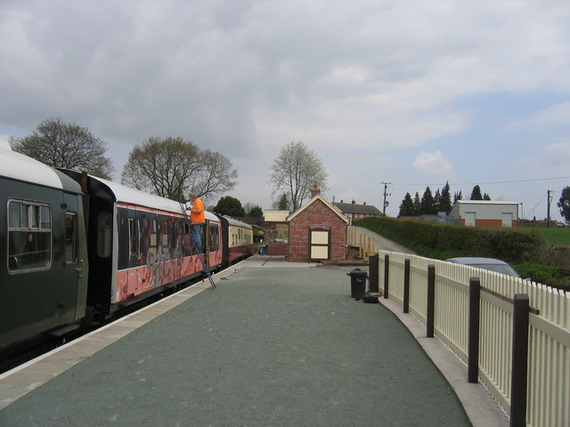 New station at Lynclys