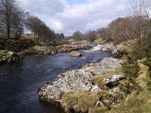 Looking up the River Carron