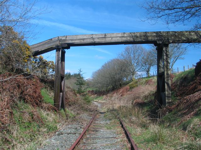 Leaky Aqueduct over disused railway