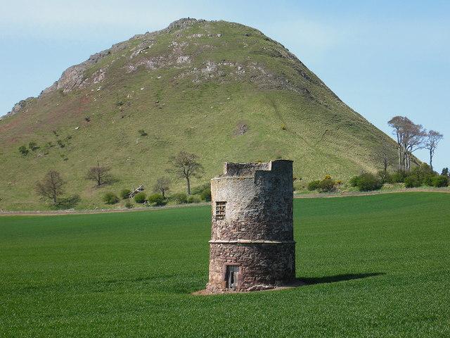 Heugh Doocot, North Berwick