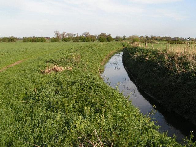 Field drain near Meadow Farm