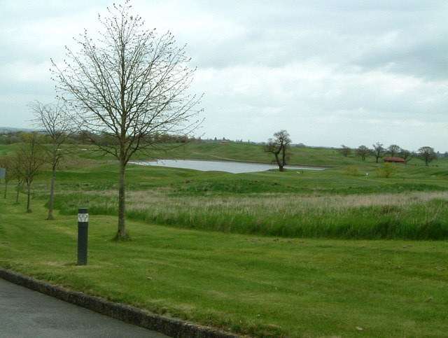 The Oxfordshire Golf Course - Lake view