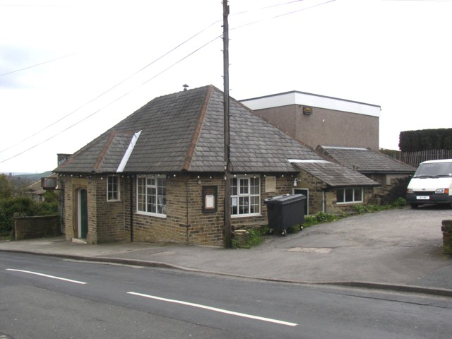 Cowcliffe and Netheroyd Hill Liberal Club, Fartown