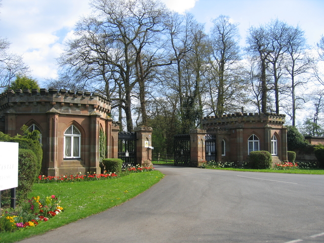 Gateway to Studley Castle