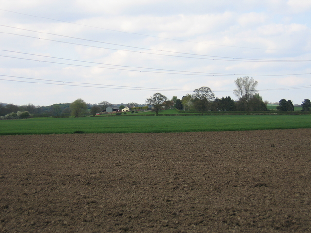View towards Morton Common Farm